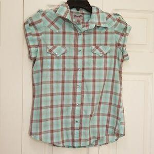 Wrangler Womans Snap Button Down Plaid shirt